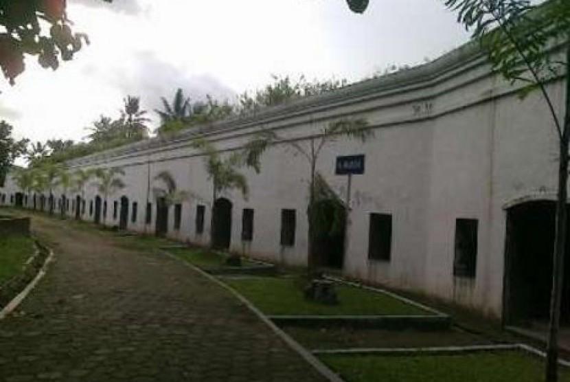 Benteng Pendem, Cilacap, Jawa Tengah. Benteng Pendem jadi salah satu objek wisata yang menjalani uji coba operasional di masa PPKM.