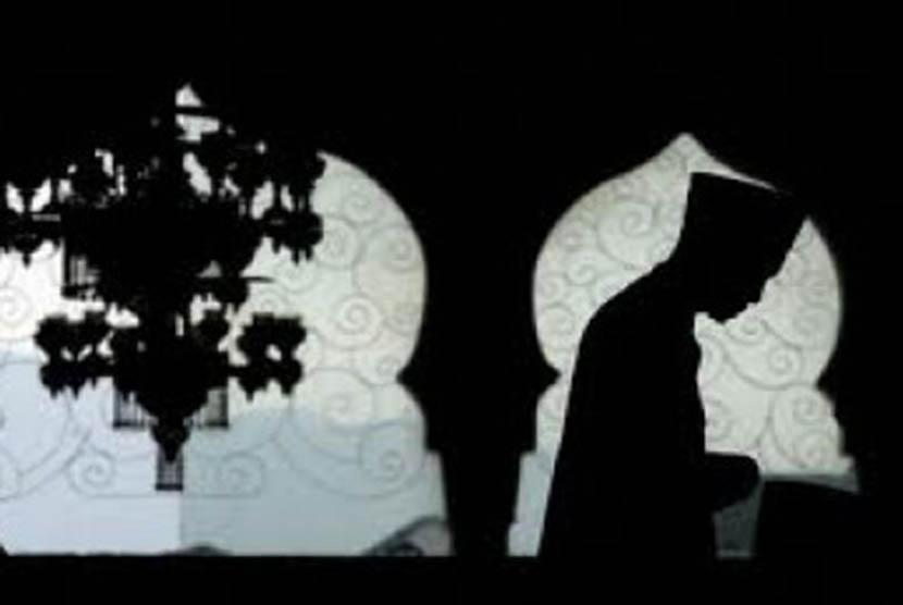 Berbuat ikhlas agar umat Islam tidak menjadi umat penyembah berhala. (ilustrasi)