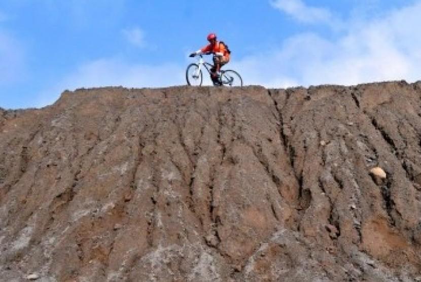 Volcano Tour Merapi (ilustrasi)