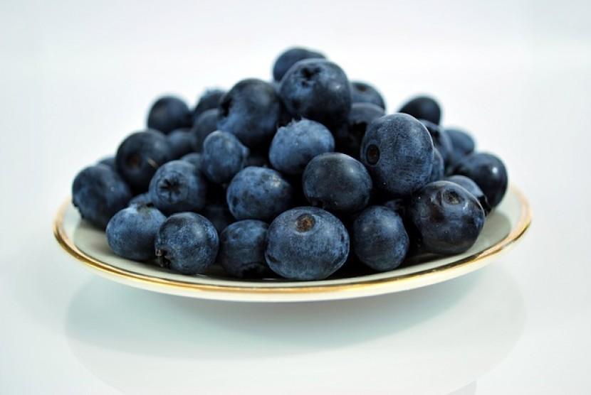 Blueberry merupakan salah satu buah yang rendah kandungan gulanya dan baik bagi diet Anda.