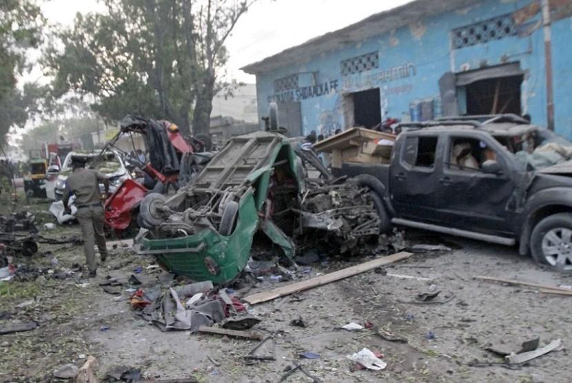 Bom mobil yang meledak di Hotel Nasahablod Two, Mogadishu, Somalia, Sabtu (28/10).