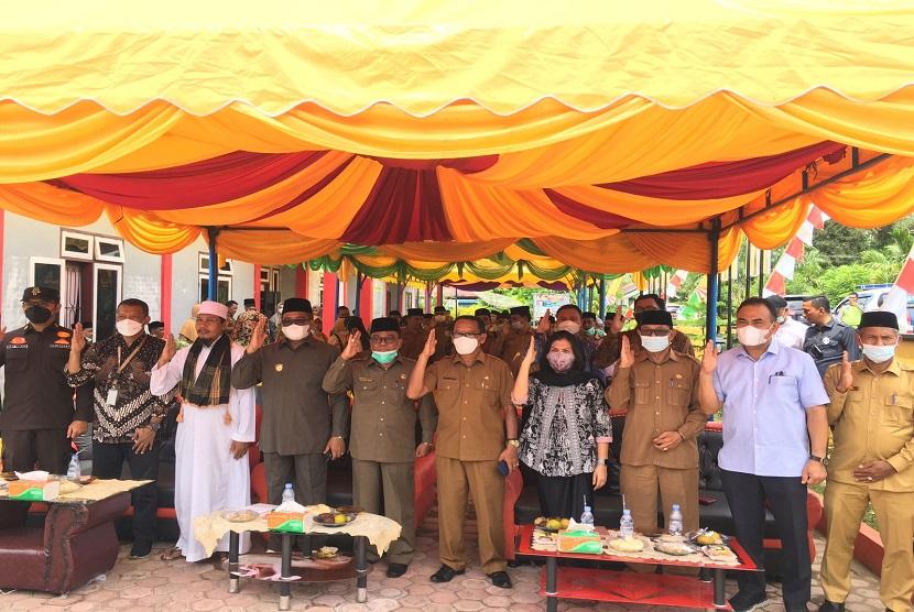 BPIP yang diwakili Direktur Hubungan Antar Lembaga dan Kerjasama Elfrida Herawati Siregar turut hadir bersama Bupati Aceh Barat H. Ramli MS ke Gampong Gaseu dalam rangka penguatan nilai-nilai Pancasila pada Gampong Muslimin Aceh Barat di Kecamatan Sungai Mas.