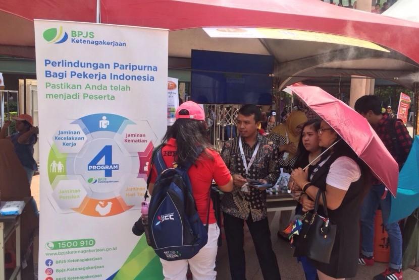 BPJS Ketenagakerjaan sosialisasikan program perlindungan TKI di Festival Budaya Nusantara yang diselenggarakan di Alun-alun Walikota, Banqiao, New Taipei City, Taiwan, Ahad (20/8).