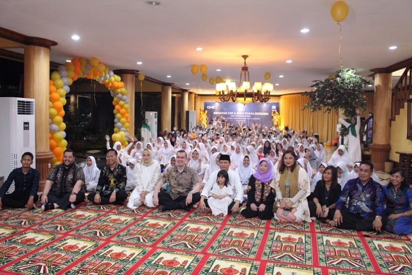 Buka puasa bersama Qnet bersama 200 anak yatim