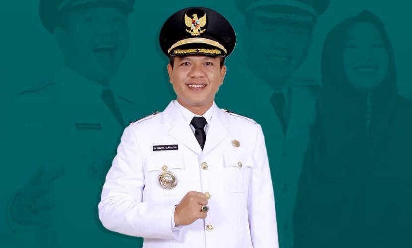 Bupati Bandung H Dadang Supriatna