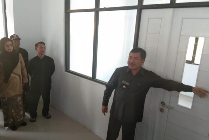 Bupati Garut Rudy Gunawan meresmikan pembangunan tahap kedua RS Malangbong, Kabupaten Garut, Kamis (8/8).