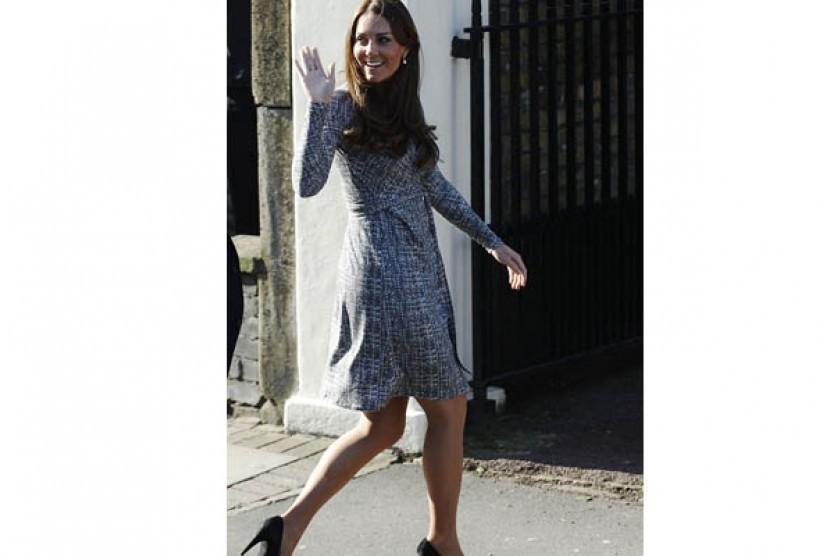 Busana hamil Kate Middleton