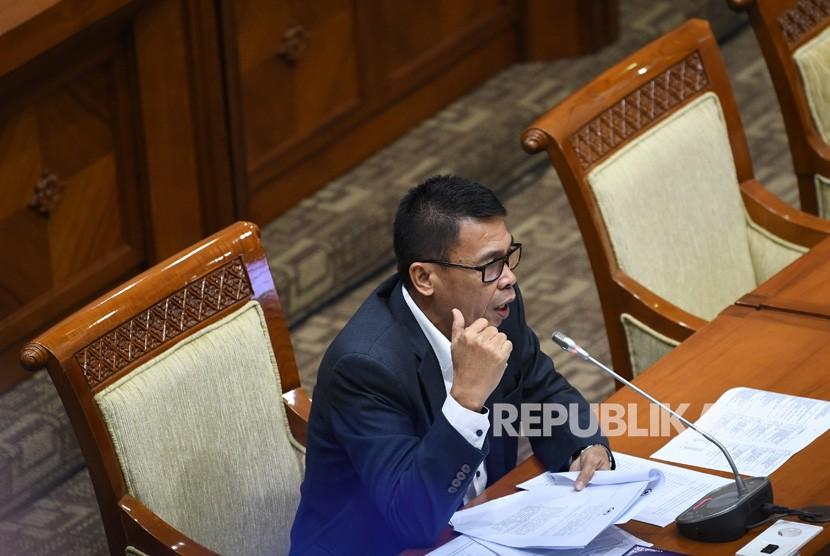 Calon pimpinan KPK Nawawi Pomolango menjalani uji kepatutan dan kelayakan di ruang rapat Komisi III DPR RI, Jakarta, Rabu (11/9/2019).