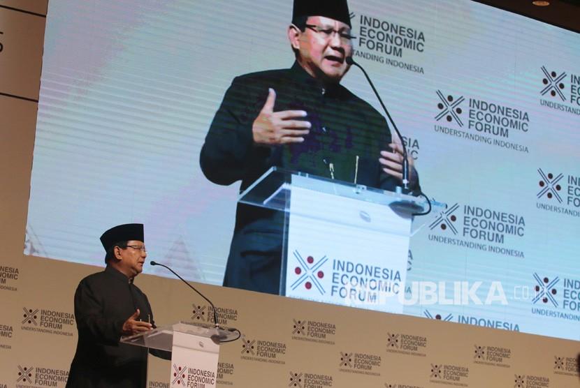 Calon Presiden Nomor Urut 2 Prabowo Subianto memberikan paparan dalam Indonesia Economic Forum 2018 di Jakarta, Rabu (21/11/2018).