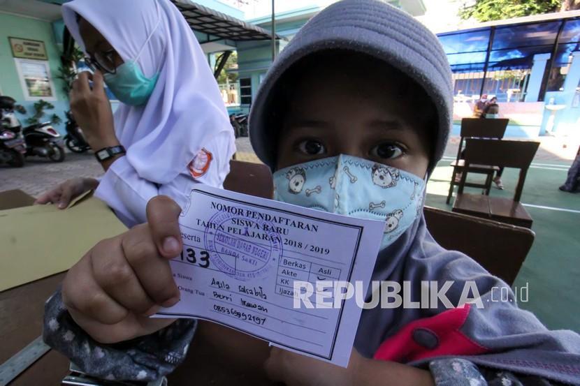 Penerimaan Pendaftaran Siswa Baru Di Banda Aceh Republika Online