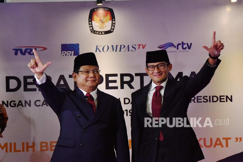 Capres-cawapres nomor urut 02 Prabowo-Sandiaga Uno tiba untuk mengikuti debat pertama Pilpres 2019, di Hotel Bidakara, Jakarta, Kamis (17/1/2019).