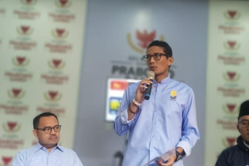 Cawapres 02 Sandiaga Uno berbicara soal evaluasi Debat Kedua di Pusat Media Badan Pemenangan Nasional (BPN) Prabowo - Sandi, Jakarta, Senin (18/2).