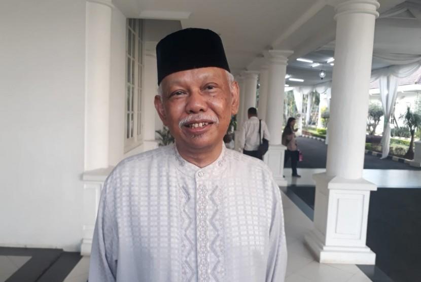Cendekiawan muslim Azyumardi Azrasaat menghadiri buka puasa bersama dengan Wakil Presiden Jusuf Kalla dan tokoh tokoh muslim, Majelis Ulama Indonesia dan Dewan Masjid Indonesia (DMI) di Istana Wakil Presiden, Jakarta, Senin (20/5).