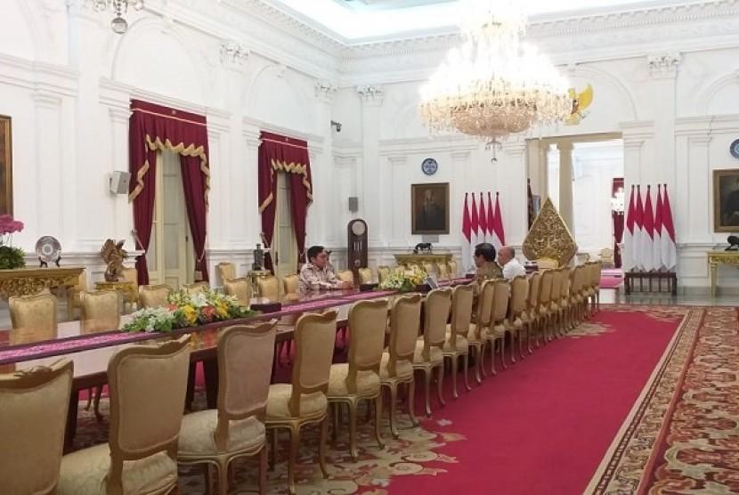 CEO Bukalapak Achmad Zaky menghadap Presiden Jokowi, di Istana Negara, Sabtu (16/2).