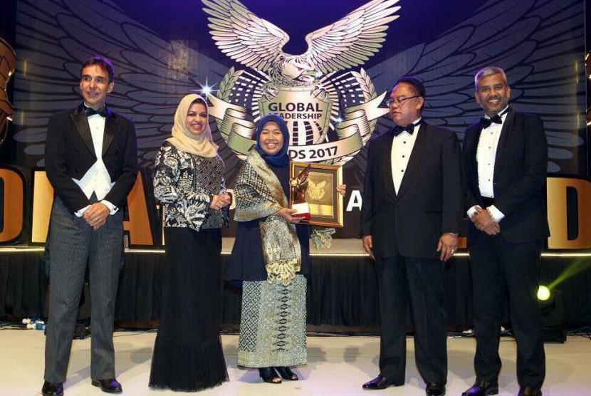 CEO Elcorps Elidawati Ali Oemar dan Elcorps kembali memperoleh penghargaan bertaraf internasional