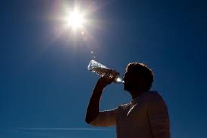 Cuaca panas (ilustrasi)