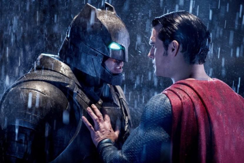 Cuplikan adegan film Batman Versus Superman.
