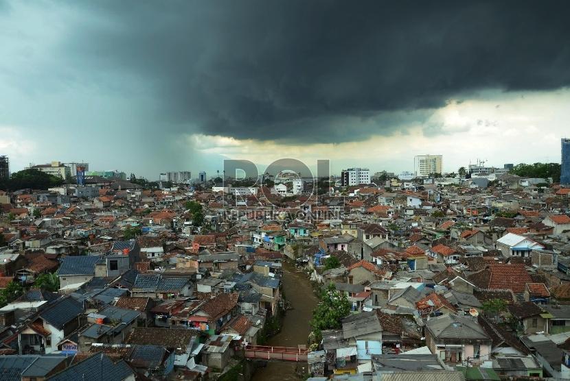 4000 Gambar Awan Turun Hujan  Terbaik
