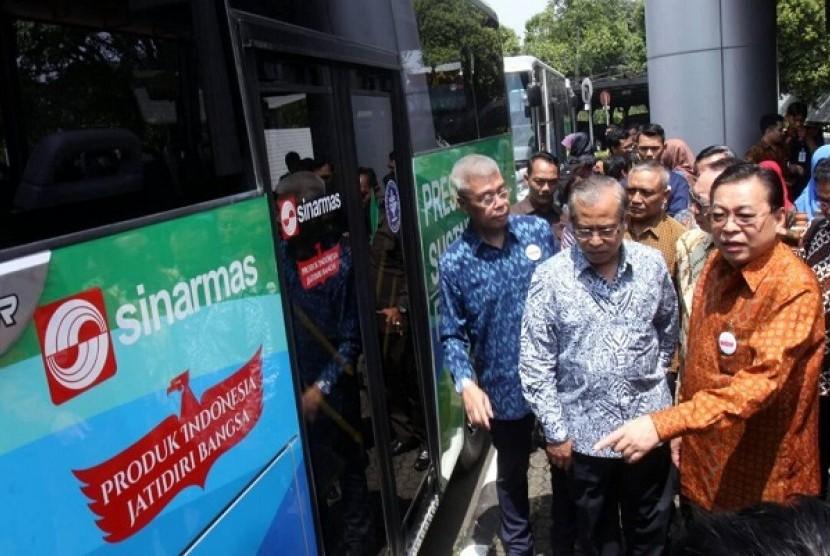 Dalam kuliah umum Green Business Practice Industri Strategis Indonesia, Sinar Mas Paparkan Konsep Bisnis Ramah Lingkungan.