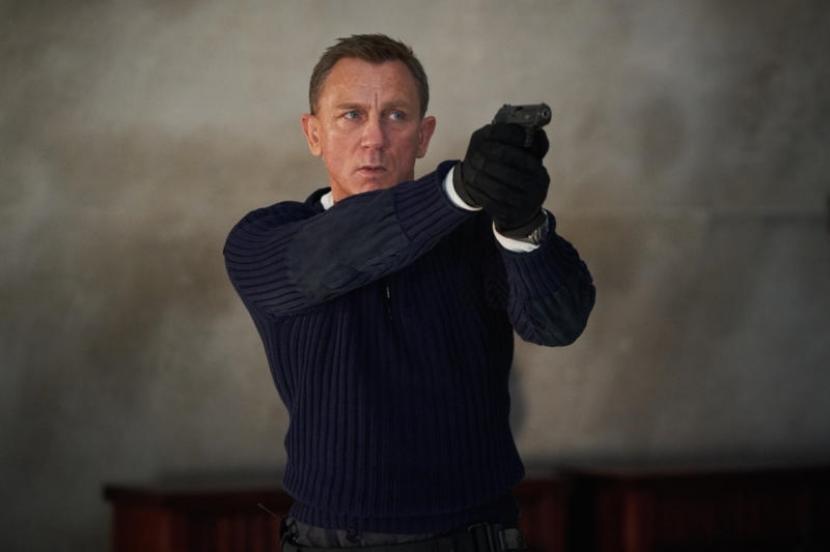 Daniel Craig dalam film James Bond terbaru, No Time to Die.
