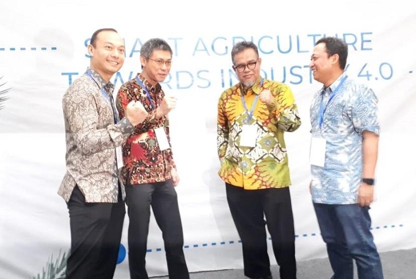 Datacomm Cloud Business dan mitra memperkenalkan solusi digital perkebunan terintegrasi Smart Agriculture untuk perkebunan pada umumnya dan khususnya perkebunan kelapa sawit serta tebu.