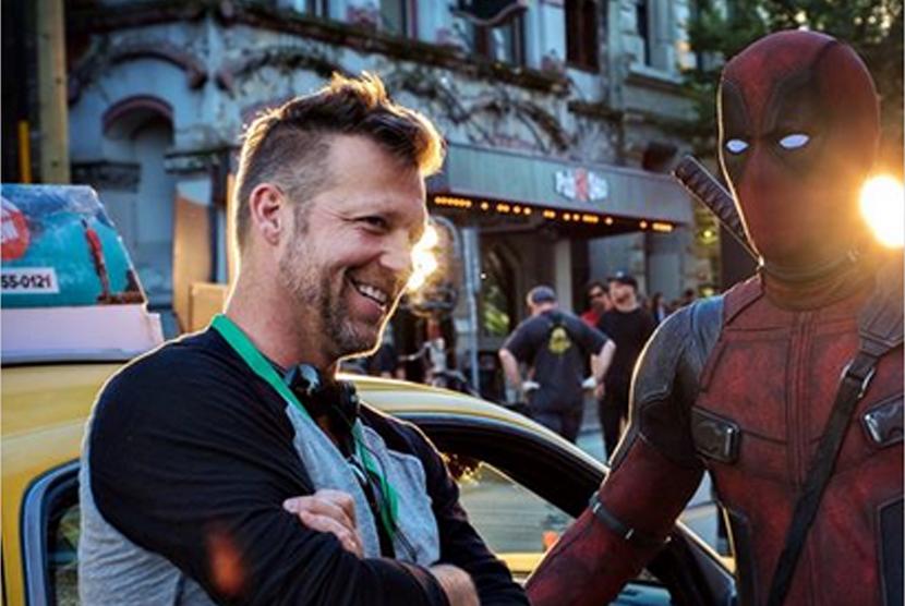 David M Leitch dan pemeran Deadpool dalam foto yang diposting Ryan Renolds di Instagam