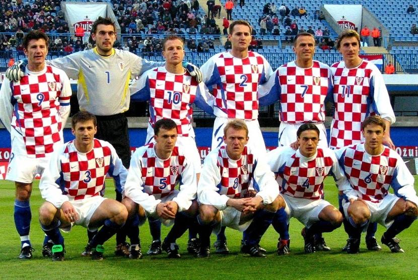 Davor Suker (kiri berdiri) bersama timnas Kroasia.