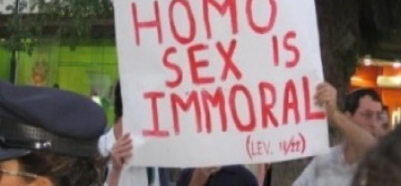 Demonstrasi mengecam kaum homoseksual. Ilustrasi