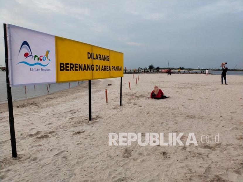 Seluruh kawasan Ancol, seperti Dufan hingga Sea World, ditutup sementara.