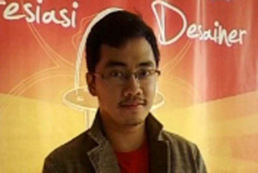 Dennis Adhiswara