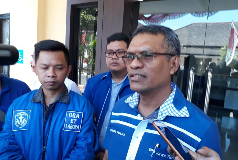 Dewan Perwakilan Daerah Gerakan Angkatan Muda Kristen Indonesia (DPD GAMKI) Jawa Timur mendatangi Sentra Pelayanan Kepolisian Terpadu (SPKT) untuk melaporkan Ustaz Abdul Somad, Selasa (20/8).