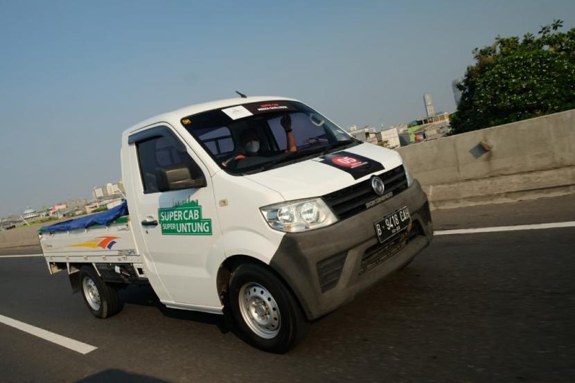 DFSK super cab ketika menjalani uji hemat bbm di Bali
