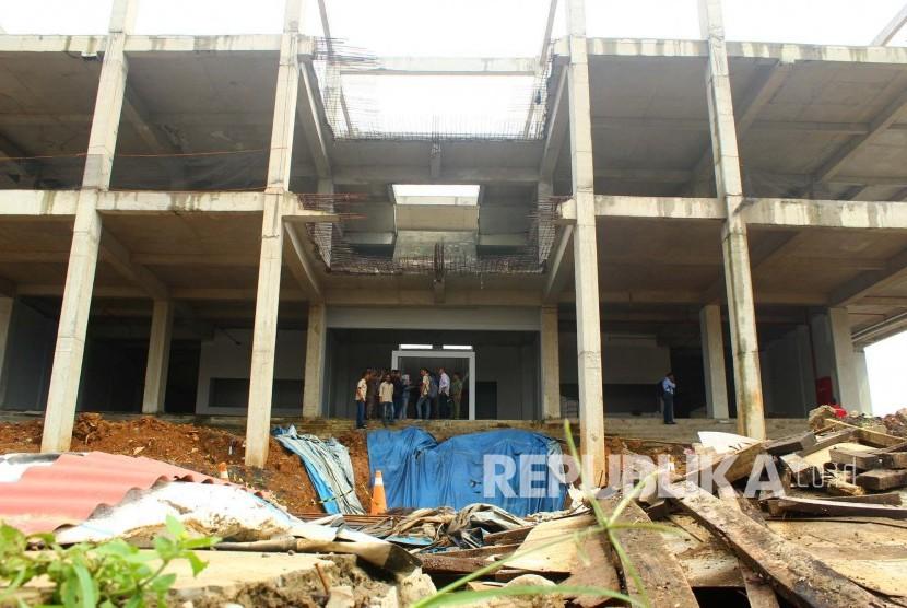 Renovasi Gor Bandung.