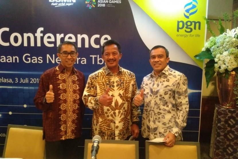 Direksi PT. Perusahaan Gas Negara (PGN) menjelaskan rencana transaksi akuisisi Pertagas kepada PGN di Hotel Grand Hyatt, Selasa (3/7).