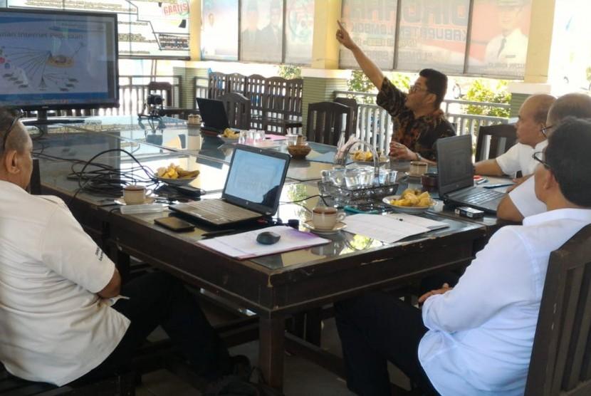 Direktorat Jenderal Pembangunan Daerah Tertinggal (Ditjen PDT) terus memprakarsai digitalisasi desa di daerah Tertinggal, Terdepan dan Terluar (3T).