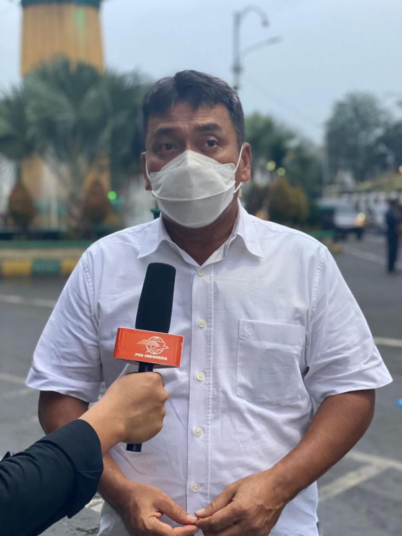 Direktur Bisnis Jaringan dan Layanan Keuangan PT Pos Indonesia Charles Sitorus optimistis Pospay mampu melampaui target.