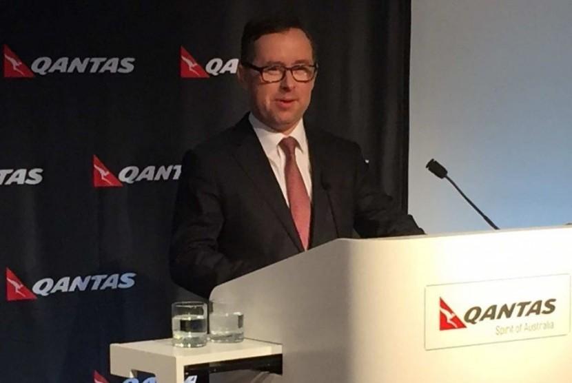 Direktur eksekutif Qantas Alan Joyce ketika mengumumkan keuntungan di tahun keuangan 2015.