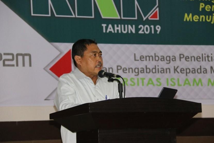 Direktur Jenderal Pengembangan Kawasan Transmigrasi, Kementerian Desa, Pembangunan Daerah tertinggal dan Transmigrasi (Dirjen PKTrans Kemendes PDTT) M. Nurdin memberikan kuliah di Universitas Islam Makassar Musdalifah Mahmud.