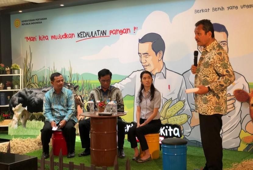 Direktur Jenderal Peternakan dan Kesehatan Hewan (PKH) Kementerian Pertanian I Ketut Diarmita dalam acara ngonrol santai di Gedung PIA Kementan, Selasa (8/1).