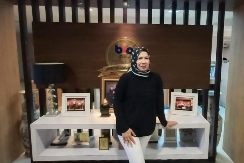 Direktur  sales and marketing BIRD GHotel and Residences, Niana