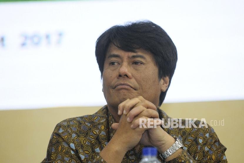 Direktur Utama Pertamina Elia Massa Manik saat konferensi pers seusai Rapat Umum Pemegang Saham (RUPS) Pertamina di Gedung Utama Pertamina, Jakarta, Kamis (16/3).
