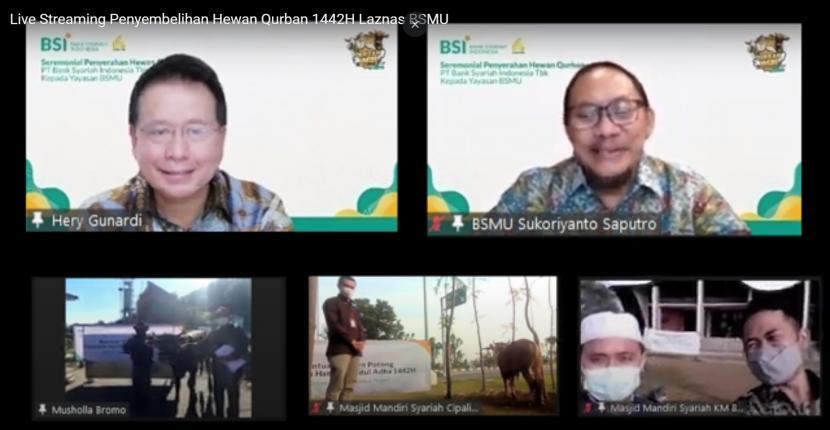 Direktur Eksekutif Yayasan Bangun Sejahtera Mitra Umat Sukoriyanto Saputro (kanan atas).