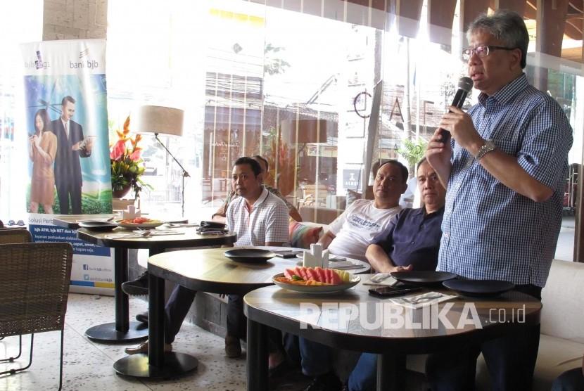 Dirut Bank BJB Yuddy Renaldi menyampaikan pemaparan saat Media Gathering, di Bali, Sabtu (24/8).