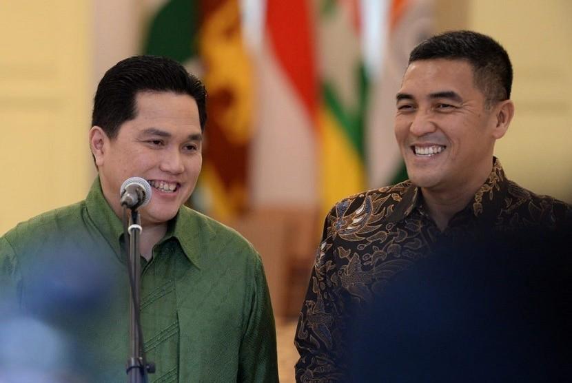 Dirut Indonesia Tourism Development Corporation (ITDC) Abdulbar M Mansoer dan Erick Thohir (kiri).