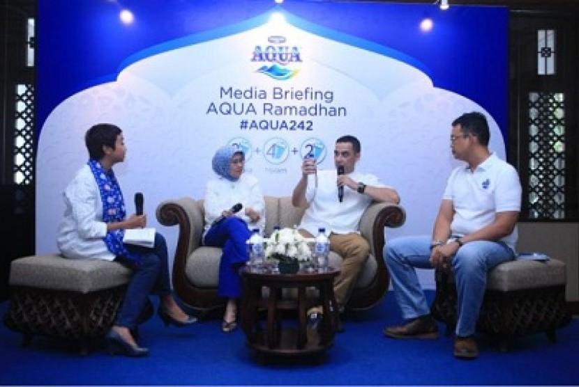 diskusi sehat Ramadhan oleh Danone Aqua.