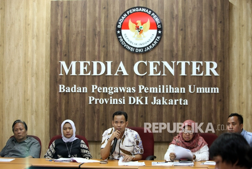Coordinator of Law and Violation Enforcement Muhammad Jufri said there were 45 cases of money politics reported from a total of 108. He said that at a press conference in North Jakarta, Wednesday (May 3).
