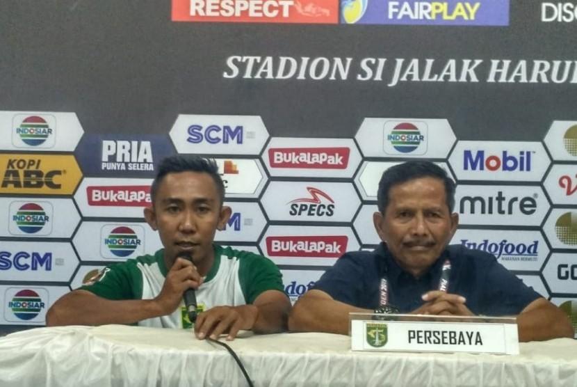 Djadjang Nurdjaman (kanan).