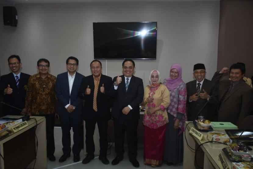 Dosen Universitas Islam Syekh Yusuf (Unis) Tangerang Asep Ferry Bastian 42 tahun