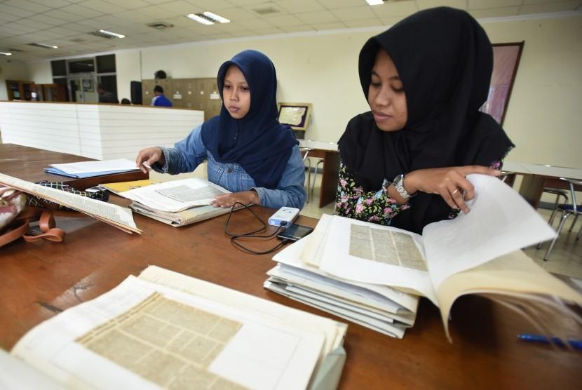 Dua mahasiswa UIN