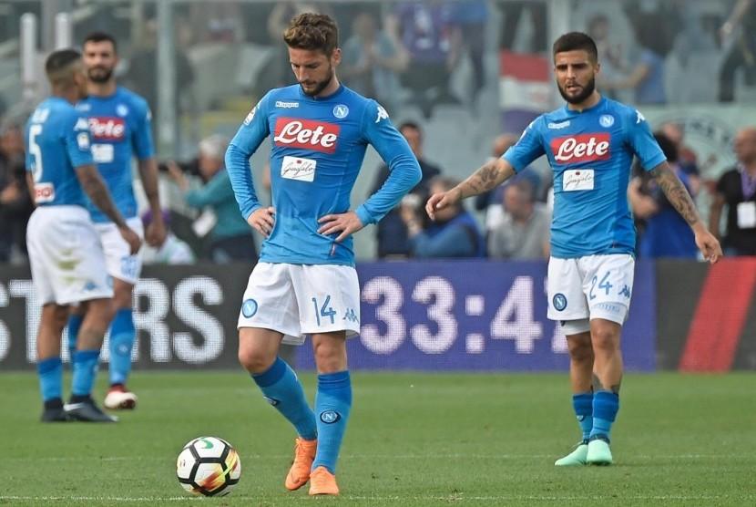 Ekspresi kekecewaan pemain Napoli setelah gawang mereka dijebol Fiorentina.
